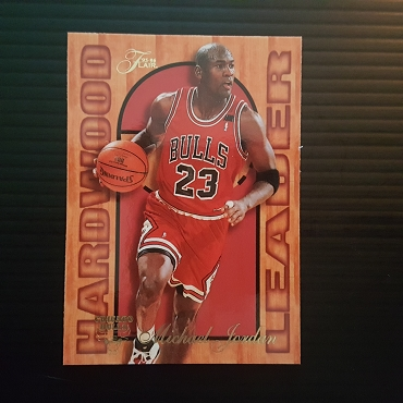1995 Fleer Flair Hardwood Leaders #4 Michael Jordan Insert NM MT