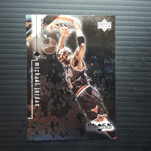 1999 Upper Deck BLACK DIAMOND #11 MICHAEL JORDAN